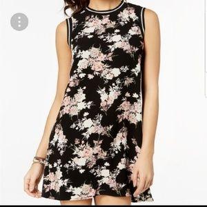 Sleeveless Floral Shift Dress, Size SM (Junior's)